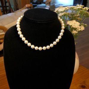 5/$25 Exquisite Vintage 1950s Pearl Necklace